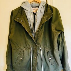 Olive green/Army colored jacket with sweater hood